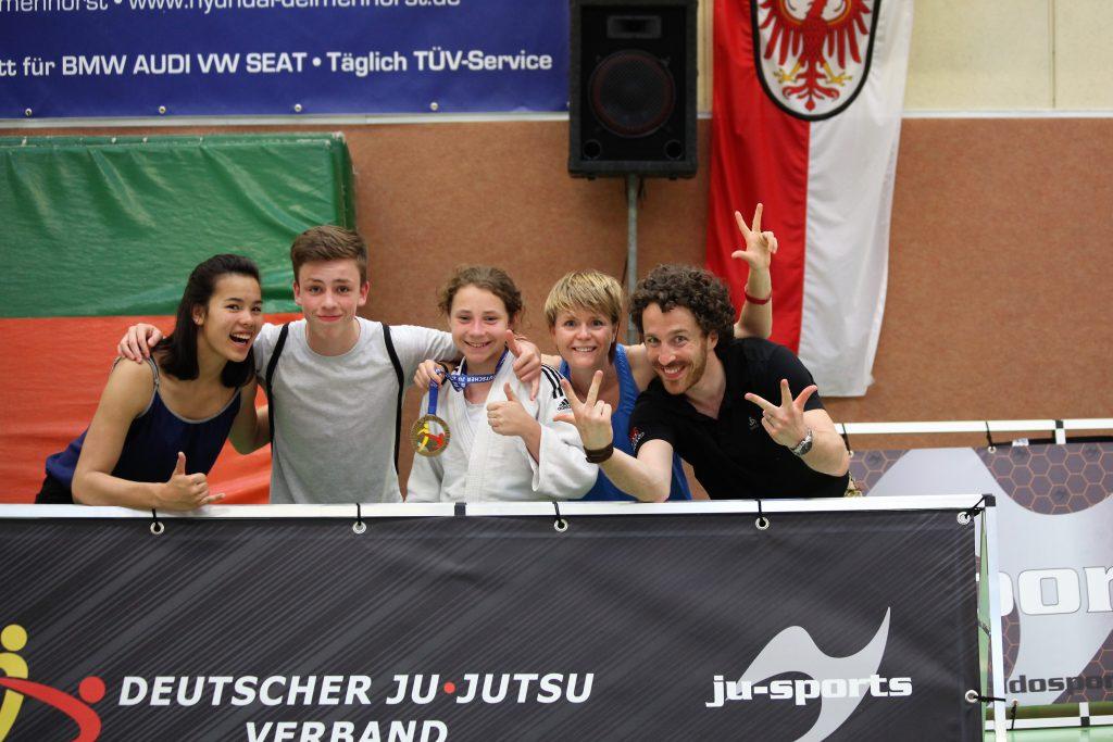 Wettkampfteam des TUS Dotzheim und PSV Wiesdbaden.